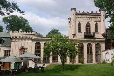Дворец Томаса Зелинского