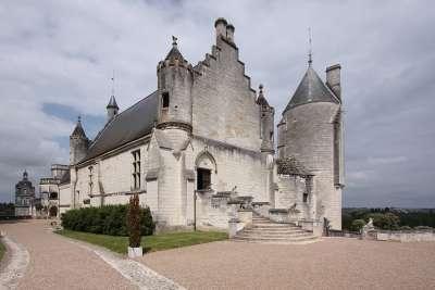 Один из входов в замок