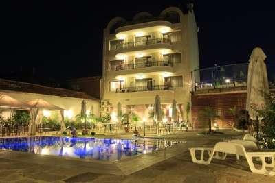 Отель в Бяле