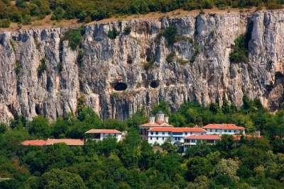 Патриарший монастырь Святой Троицы