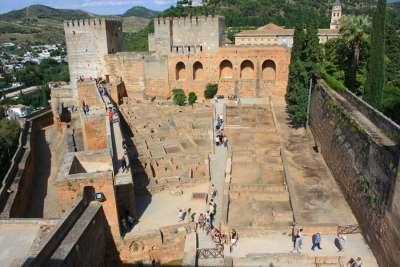 Экскурсии по Альгамбре