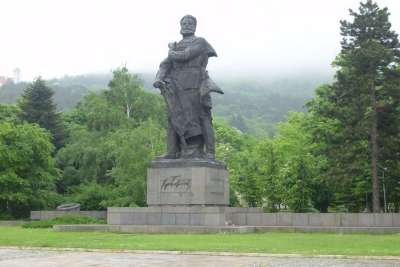 Враца. Памятник Христо Ботеву