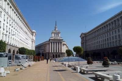 Площадь Ларго в Софии