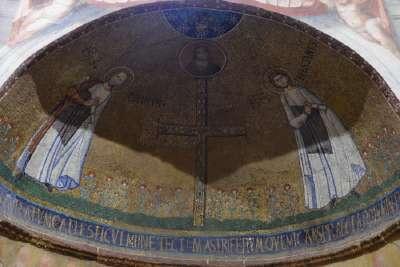 Фрески внутри церкви