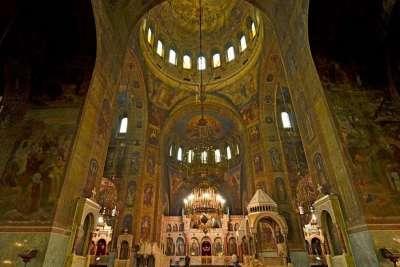 Храм Александра Невского, внутренний интерьер