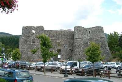 Руины замка Маласпина
