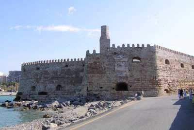 Крепость Кулес в Ираклеоне
