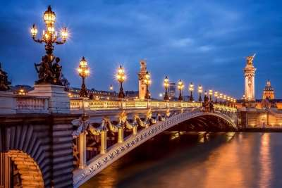 Мост Александра ночью