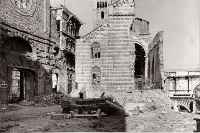 Фото разрушенной бомбардировками церкви