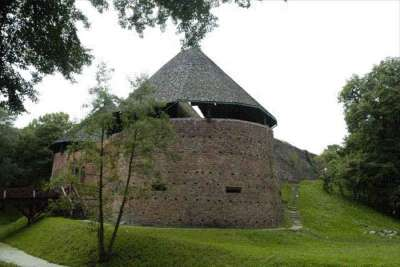 Город Мендзыжеч. Старинный замок