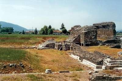 Руины Луни