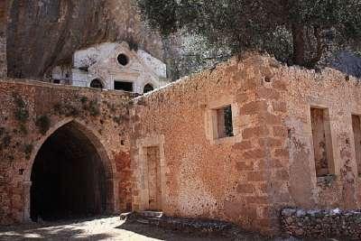 Диоскуриев монастырь