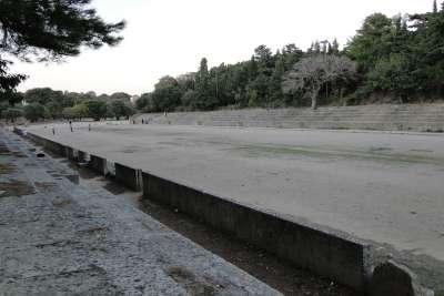 Руины стадиона