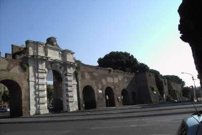 Акведук Нерона
