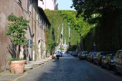 Старинная улица Via Giulia