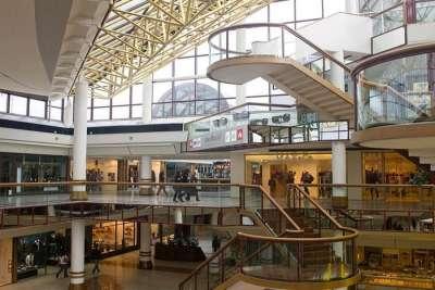 Торговый центр CinecittaDue