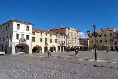 Piazza Pierobon