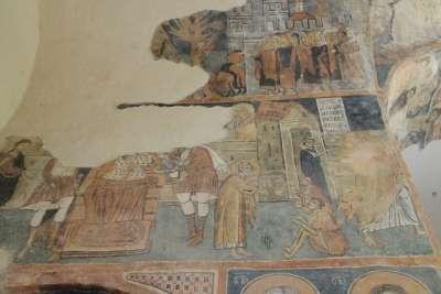 Уникальные средневековые фрески в Земенском монастыре