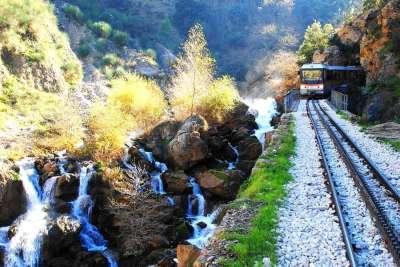 Железнодорожный транспорт Греции