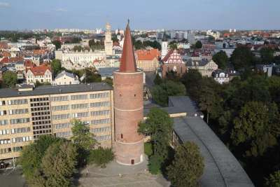 Пястовская башня