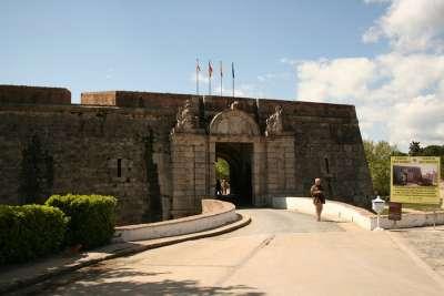 Вход в Замок Сан Ферран