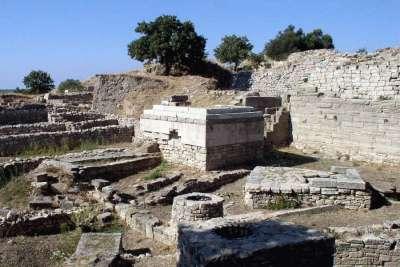 Раскопки города Троя