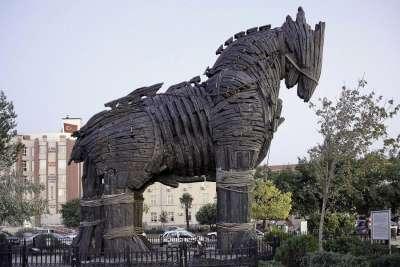 Троянский конь. Современная реконструкция