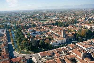 Кастельфранко-Венето. Вид с высоты птичьего полета