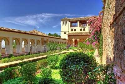 Сады и фонтаны Альгамбры