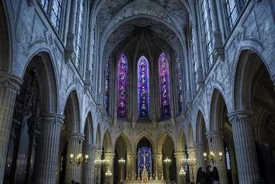 Сен-Жермен-л'Оксеруа внутри