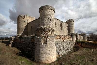 Замок Пиоз
