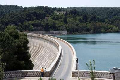 Марафонское водохранилище