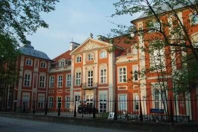Академия изящных искусств Польши
