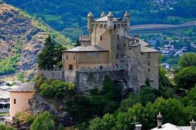 Замок в Аосте