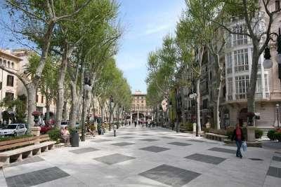 Улица Пасео-дель-Борн