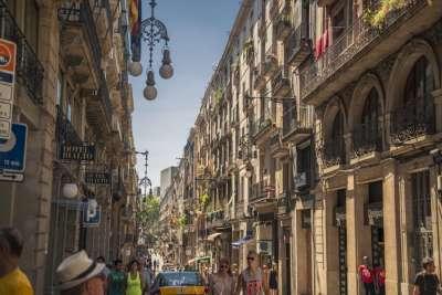 Готические здания в Барселоне