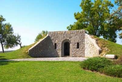 Хисарская римская гробница