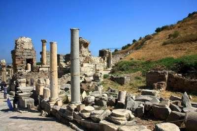 Архитектурные руины в Эфесе
