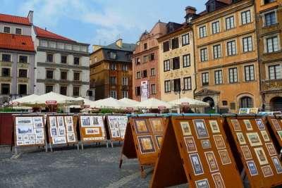 Работы худождников на Рыночной площади