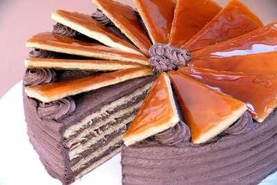 Torta de tri Monti