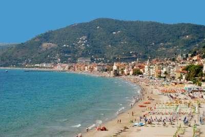 Пляжи Лигурии