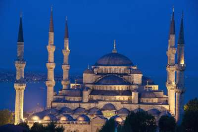 Голубая мечеть. Ночной вид