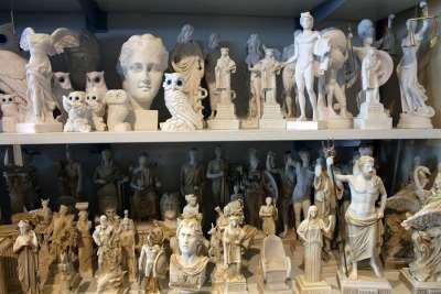 Греческие статуэтки
