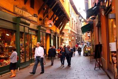 Шоппинг квартал Болоньи