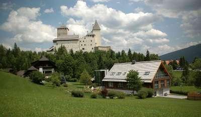 Окрестности замка Маутерндорф