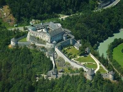 Замок Хоэнверфен. Вид сверху