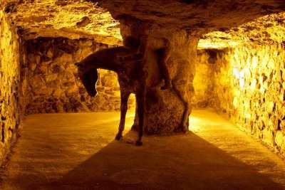 Будайские пещеры