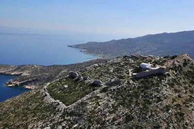 Развалины крепости Палеокастро