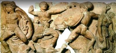 Сохранившиеся элементы лепки храма Аполлона