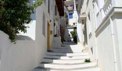 Узкие улочки Скопелоса